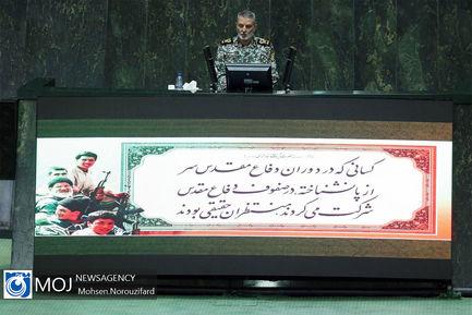 صحن علنی مجلس شورای اسلامی با حضور فرمانده کل ارتش