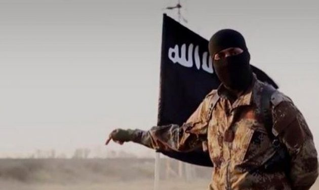 کشف سلاحهای آمریکایی داعش در دیرالزور سوریه