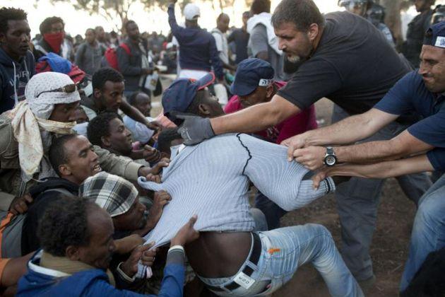 درگیریهای پسا انتخاباتی در زیمبابوه 5 کشته بر جای گذاشت