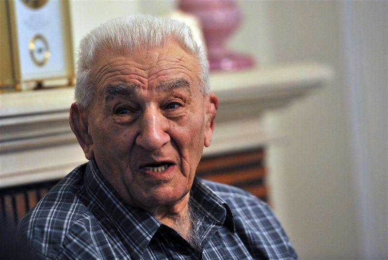عباس زندی دار فانی را وداع گفت