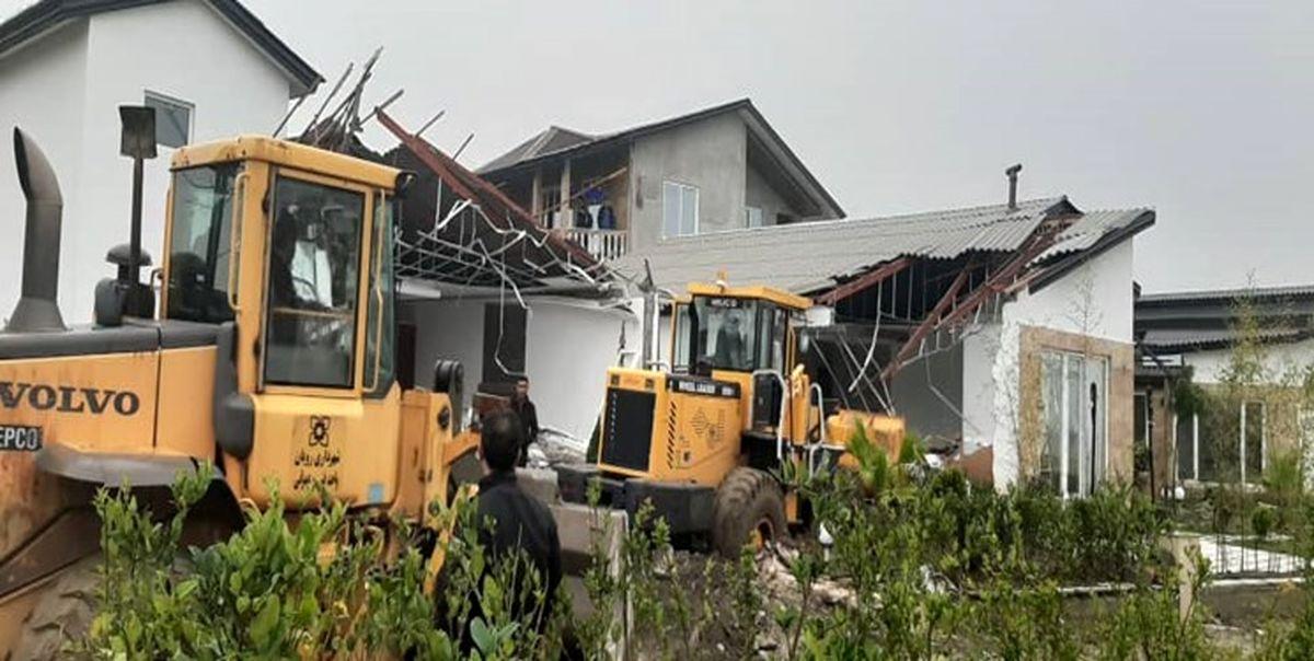 تخریب ۸ ویلای غیرمجاز در شهرستان مبارکه