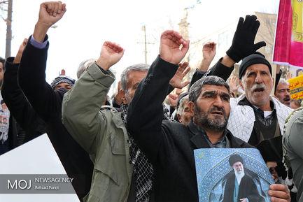 راهپیمایی مردمی در محکومیت حوادث روزهای اخیر در کرمانشاه