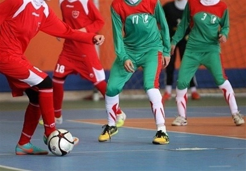 پیروزی دختران فوتسال بانوان ایران مقابل لاجوردی پوشان