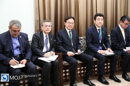 دیدار نخست وزیر ژاپن با مقام معظم رهبری