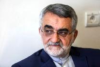 بروجردی پیام کتبی رئیس مجلس را تقدیم همتای عمانی وی کرد