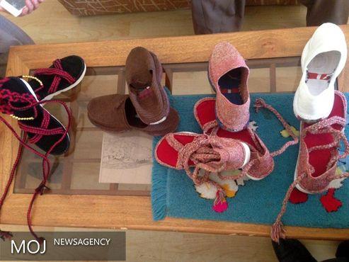 دوره آموزش گیوه بافی در روستای نسمه شهرستان پاوه برگزار می شود