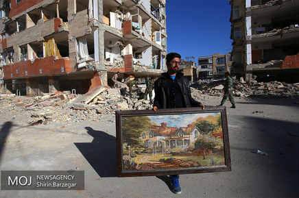 کمک نیرویهای ارتش به مردم زلزله زده «سرپل ذهاب»