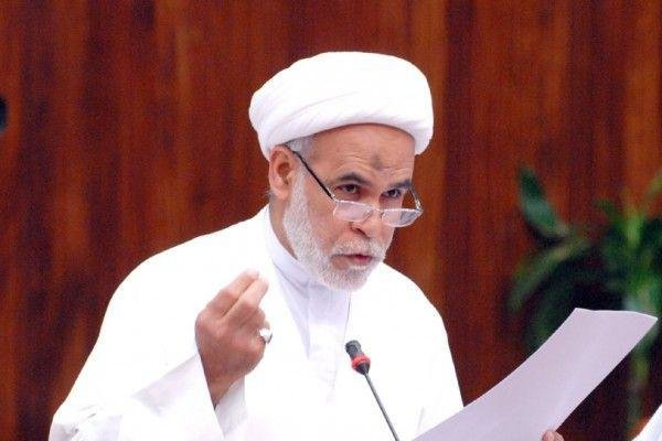 حکم حبس یکی دیگر از علمای بحرین توسط رژیم آل خلیفه