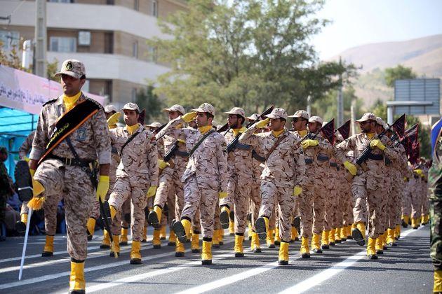 نیروهای مسلح مستقر در کردستان توان دفاعی خود را به نمایش گذاشتند