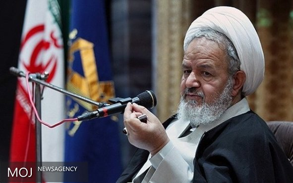 دشمن در صدد وارد کردن خدشه به اقتدار ایران در دفاع از مقاومت است