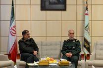 پلیس تاکنون کرمانشاه را با 150 لیتر مواد ضدعفونی کرده است