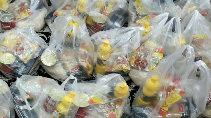 توزیع 350 بسته غذایی بین نیازمندان اصفهانی در ماه مبارک رمضان