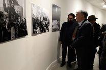 وزیر ارشاد در جشنواره تجسمی فجر حضور یافت / افتتاح نمایشگاه عکس روزهای انقلاب با عکاسان بزرگ