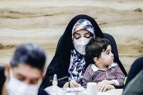 واکنش کاربران توییتر به حضور خبرنگار خبرگزاری فارس و فرزند خردسالش در نشست خبری!
