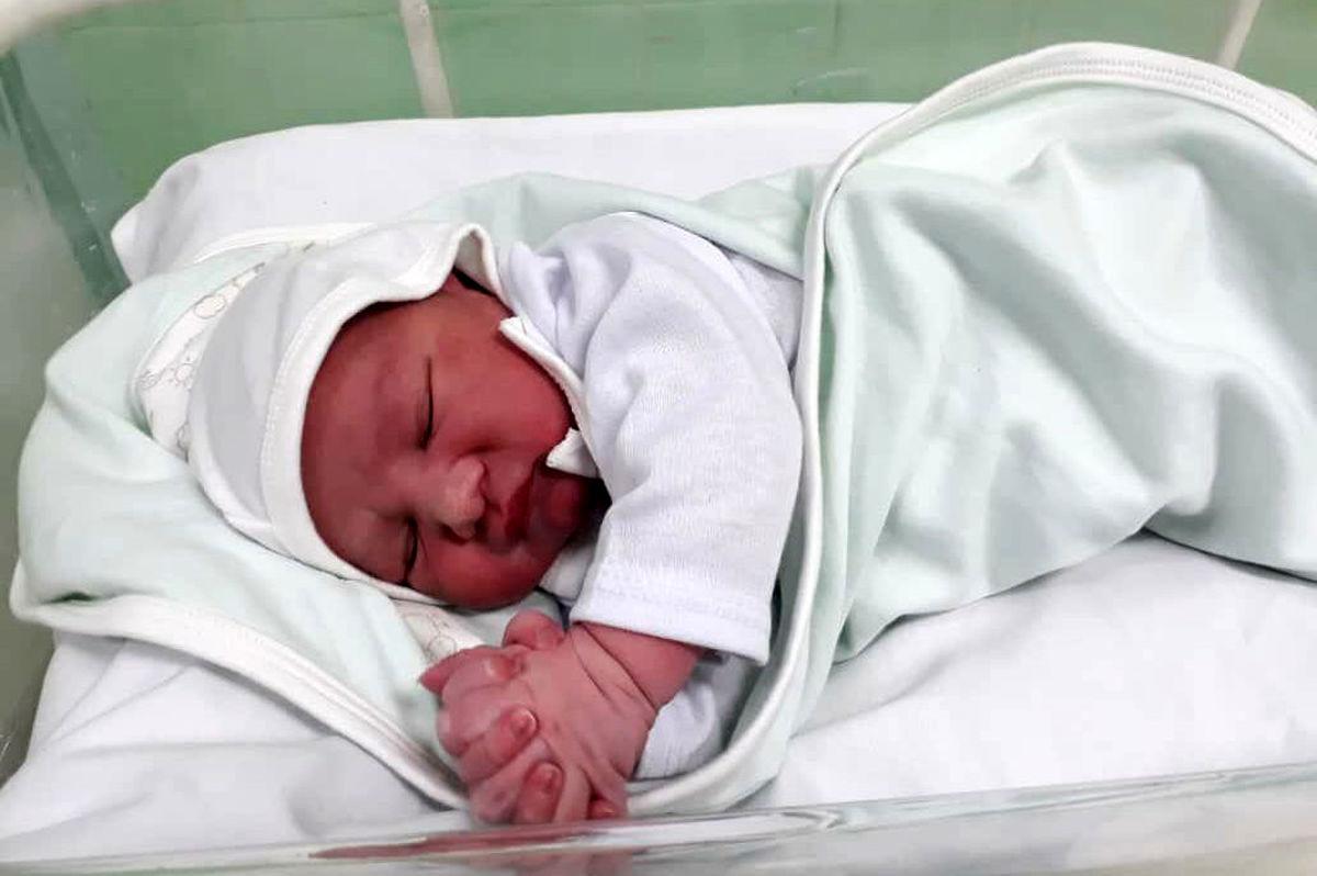 اقدامات درمانی نوزاد آبدانانی دقیق و علمی انجام شده است