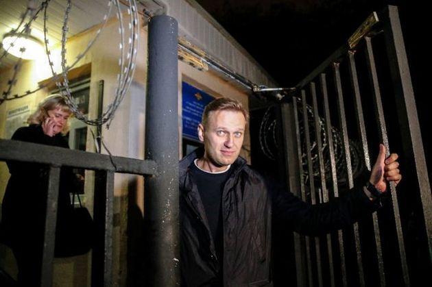 رهبر اپوزیسیون روسیه از زندان آزاد می شود