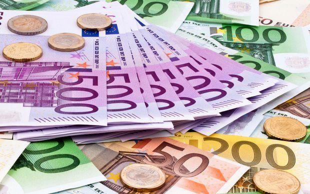 شیب صعودی قیمت دلار و طلا در یک هفته گذشته