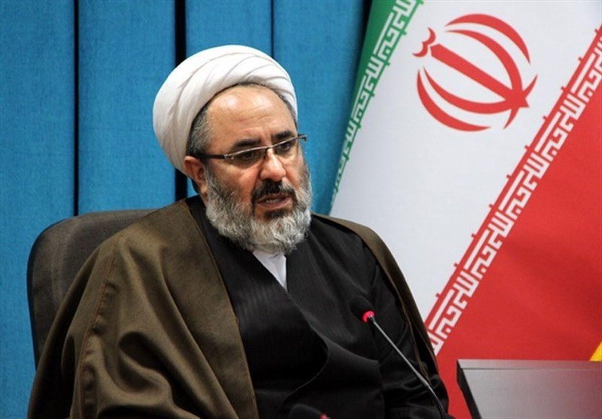 نا امید کردن مردم از انقلاب اسلامی فتنه جدید دشمن است
