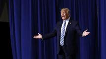 دونالد ترامپ رئیس مجلس نمایندگان آمریکا را دیوانه خطاب کرد