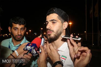 بازگشت افتخارآفرینان تیم ملی فوتبال به ایران/سعید عزت اللهی